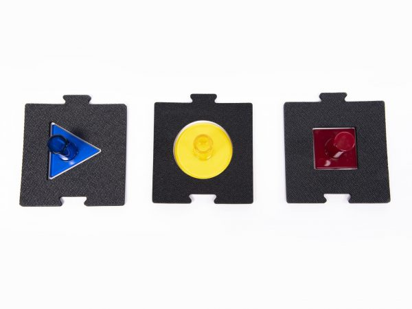 Bright Shapes Puzzle Knobs Frames with knobs inserted