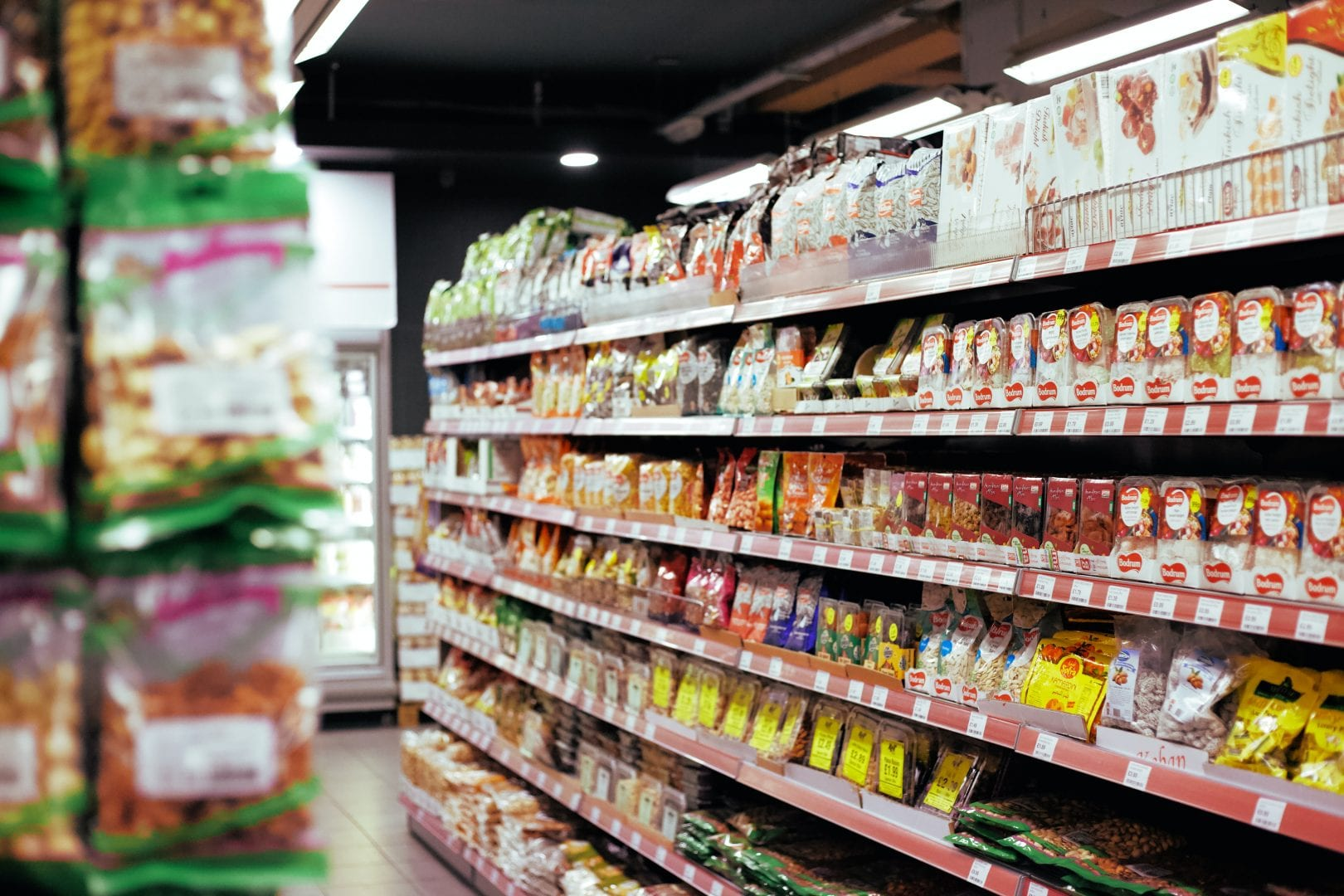 full shelves of a grocery stores