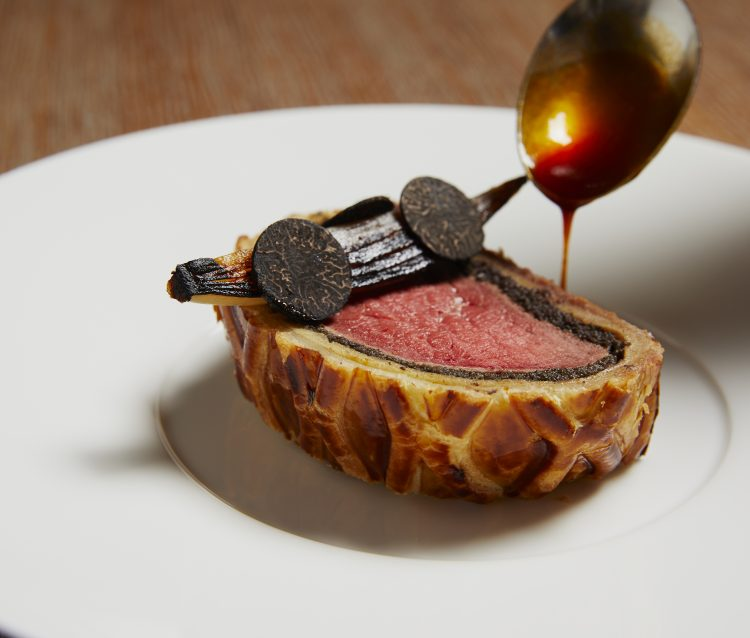 The Grill at The Dorchester-Beef Wellington-slice-highres2