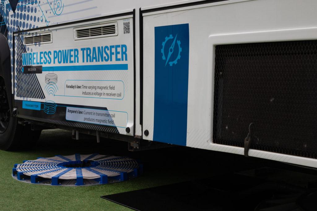 conexpo wireless power transfer bus up close