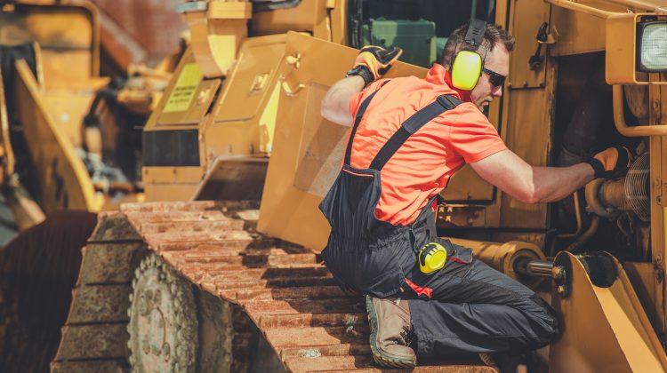 heavy equipment repair article