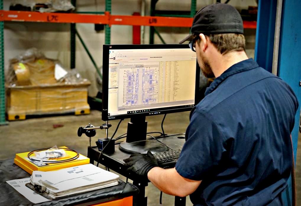 Heavy equipment transmission technology