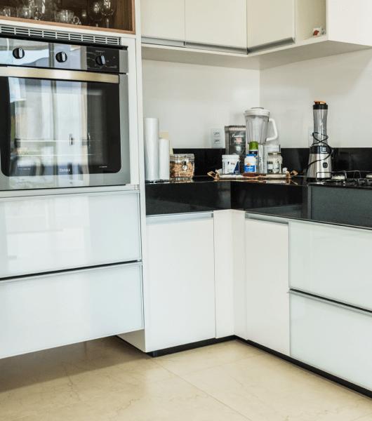 Cozinha Moderna Preto-Branco