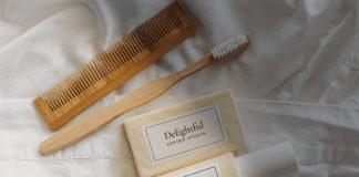 Free Soap & Shampoo Mockup