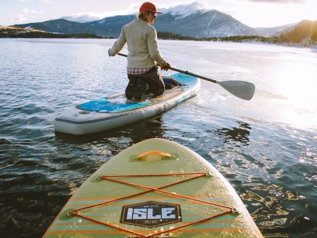 10 Beginner Paddleboarding Tips