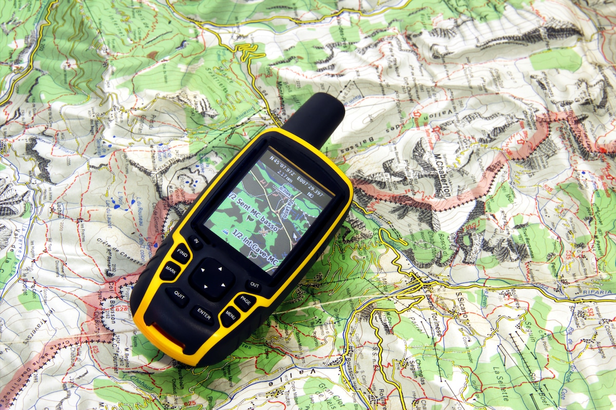 GPS receiver on background map.