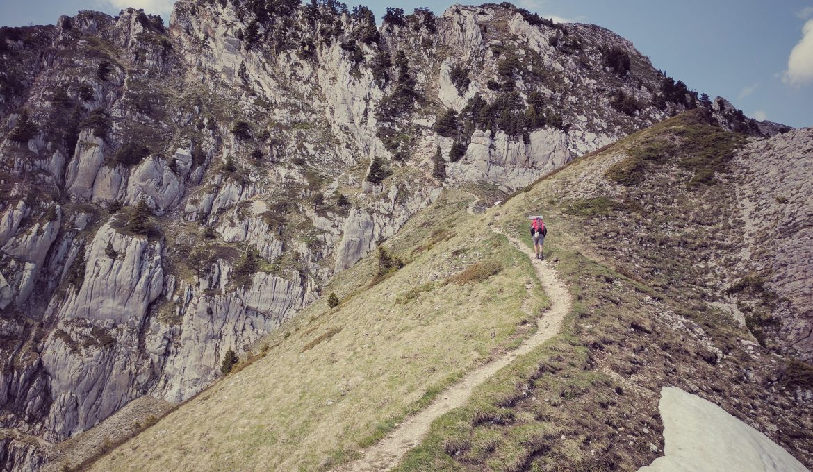 How-to-Hike-Farther-and-Longer-5-Exercises-to-Get-In-Great-Hiking-Shape-Featured-Image