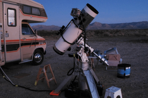 a-campers-guide-to-stargazing-setting-up-a-telescope