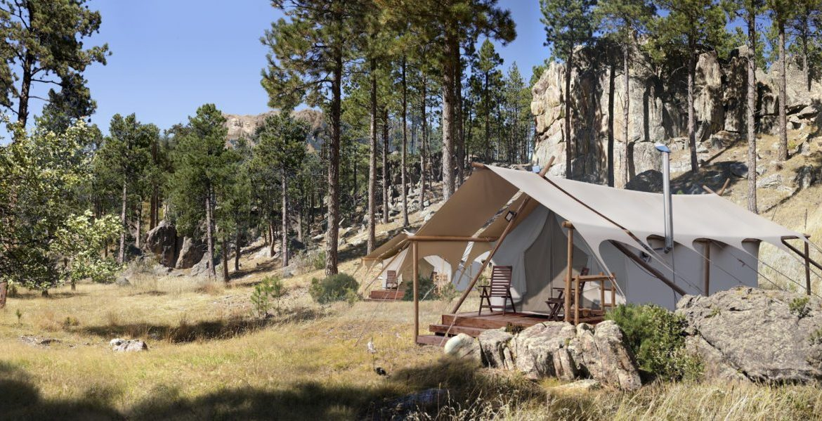 Under Canvas Mount Rushmore - 10 Amazing Places to Go Glamping in the US