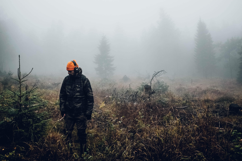 Hunter in Orange Hat - PC Fredrik Öhlander via Unsplash