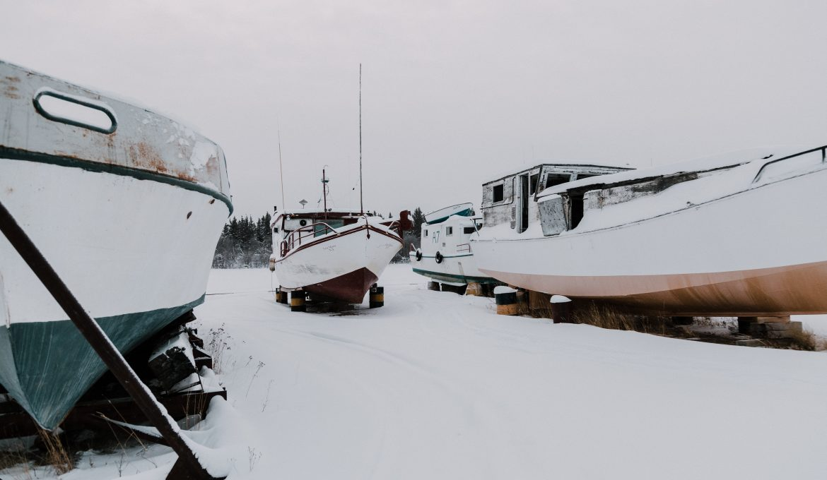 How to Prepare Your Boat for Winter: 8 Winterizing Tips and Tricks