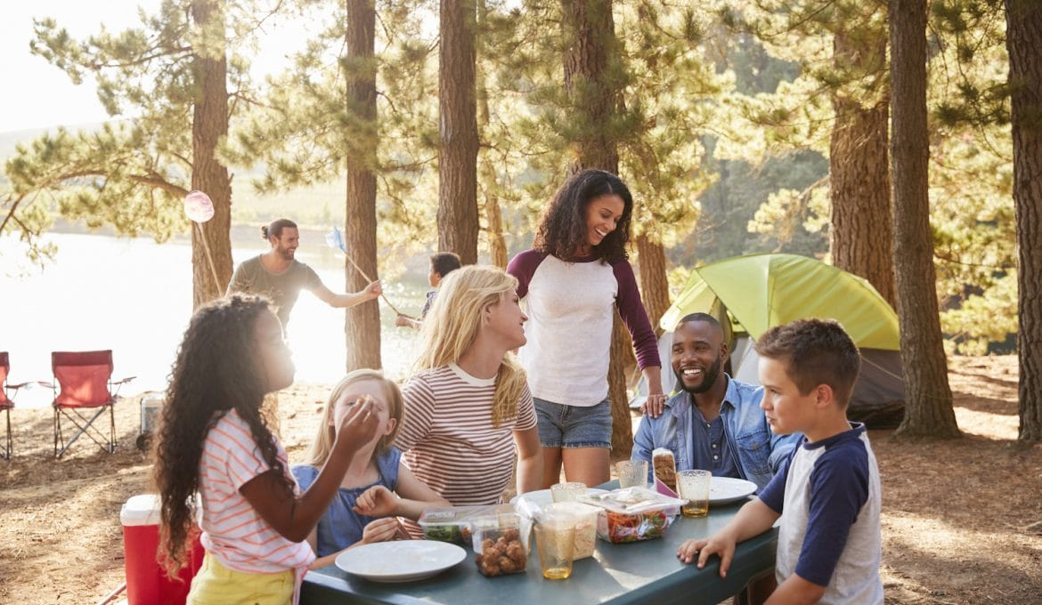 18 Ways to Keep Your Kids Happy and Engaged While Camping