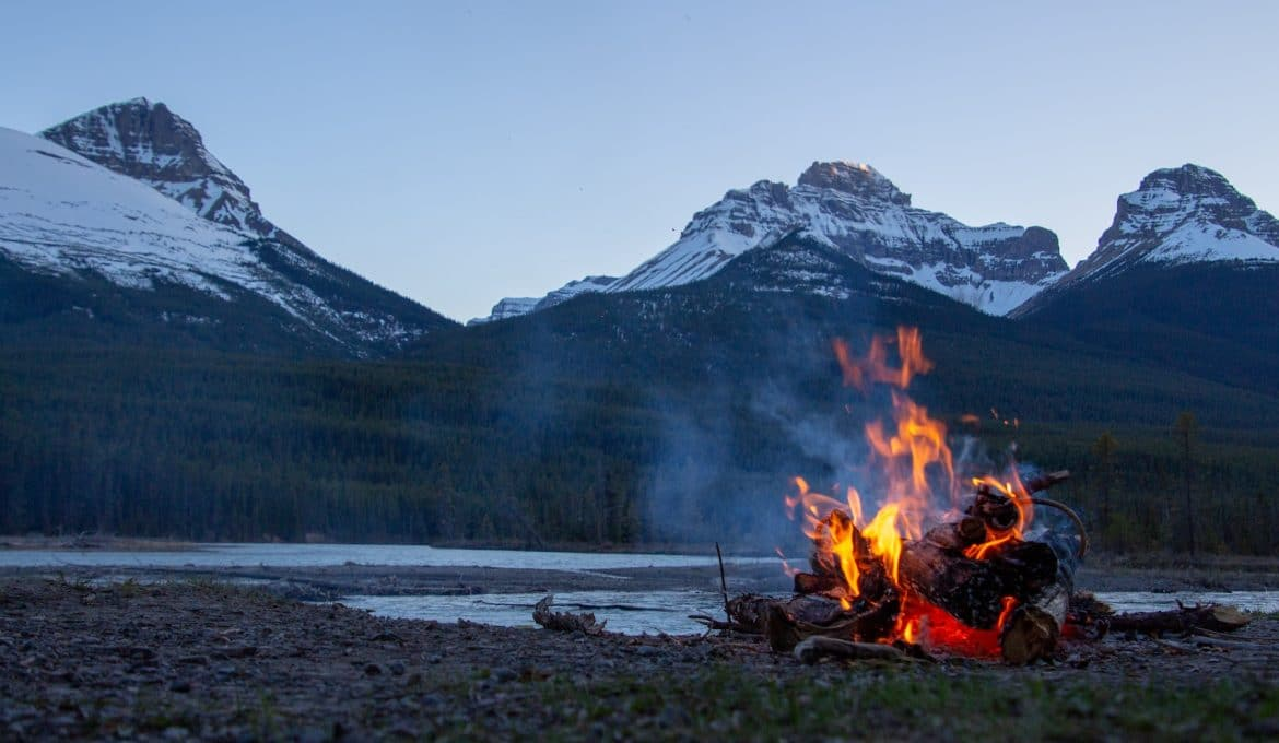 start a campfire in the wilderness