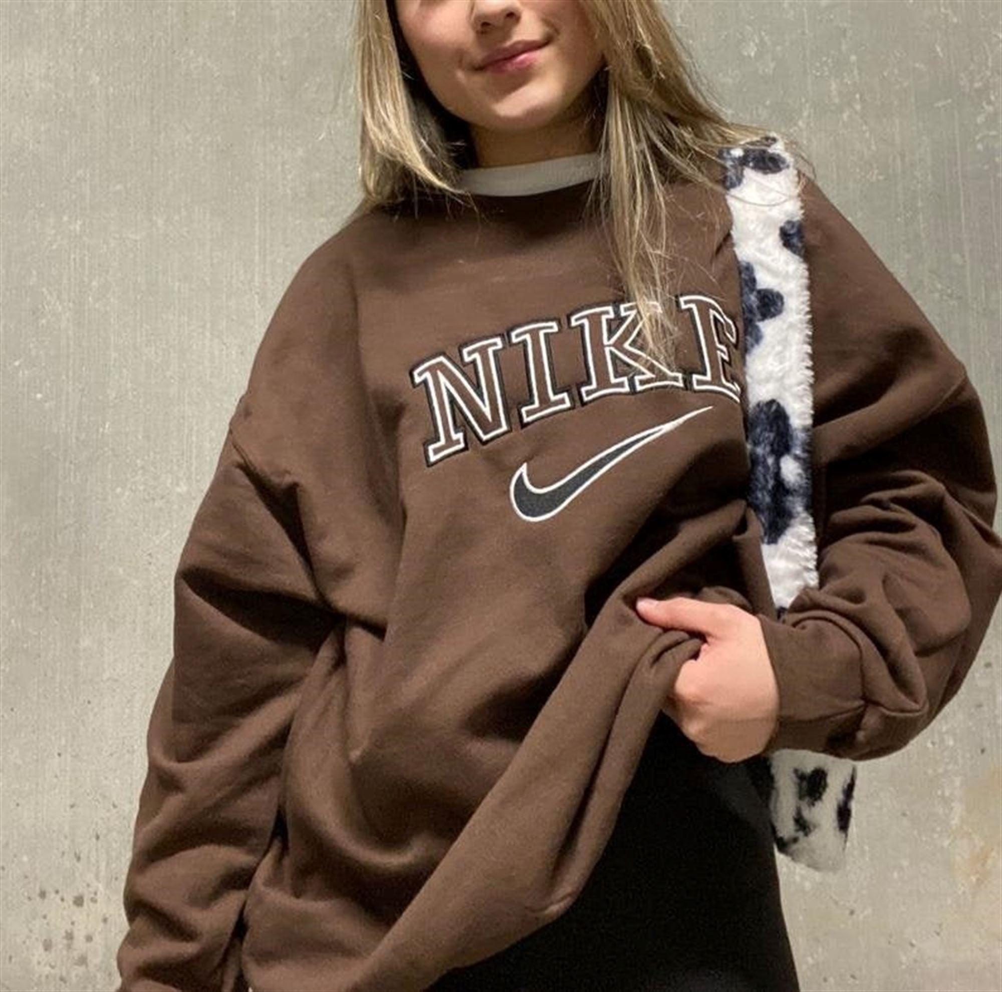 nike sweatshirt vintage
