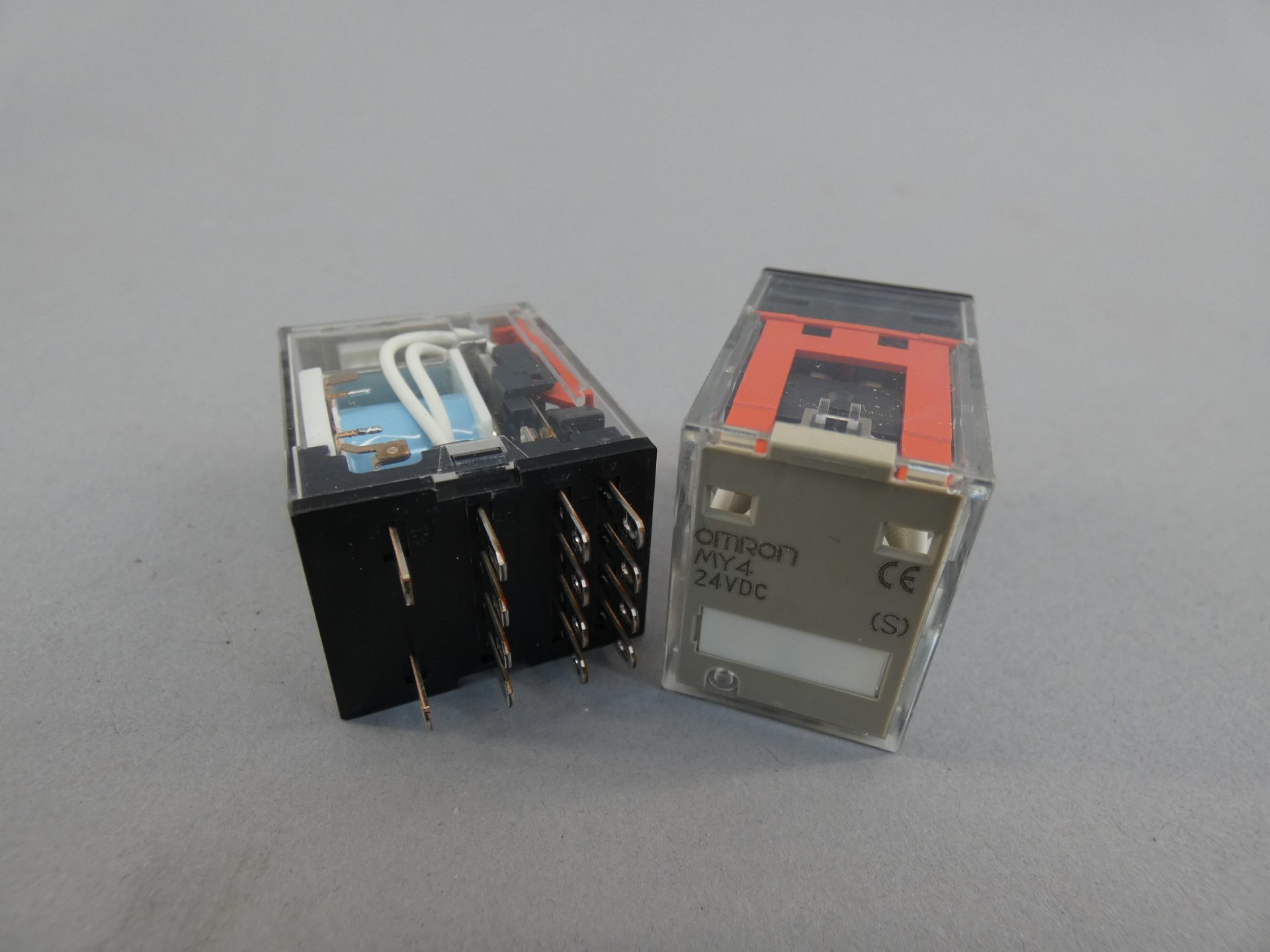 1X  Relay MY4  Coil DC24V  4PDT 5A Relais MY4-24Vdc  type  OMRON