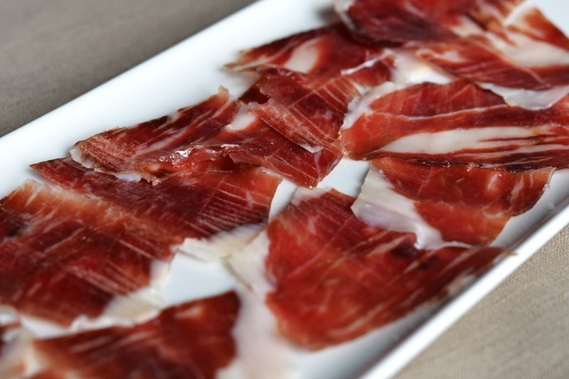 Why is acorn so important for the Jamón Pata Negra