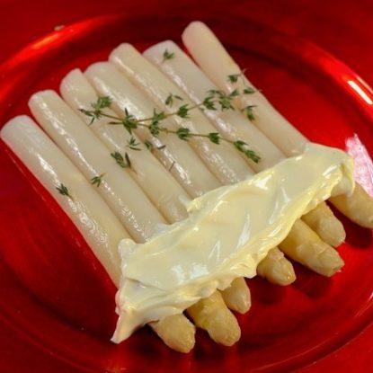 Premium white asparagus with mayonnaise Spanish Tapa