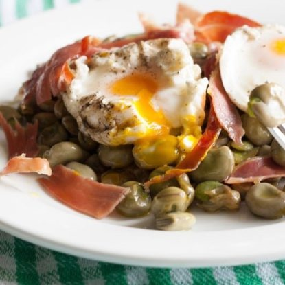 Baby beans with jamon Iberico de Bellota and poached egg