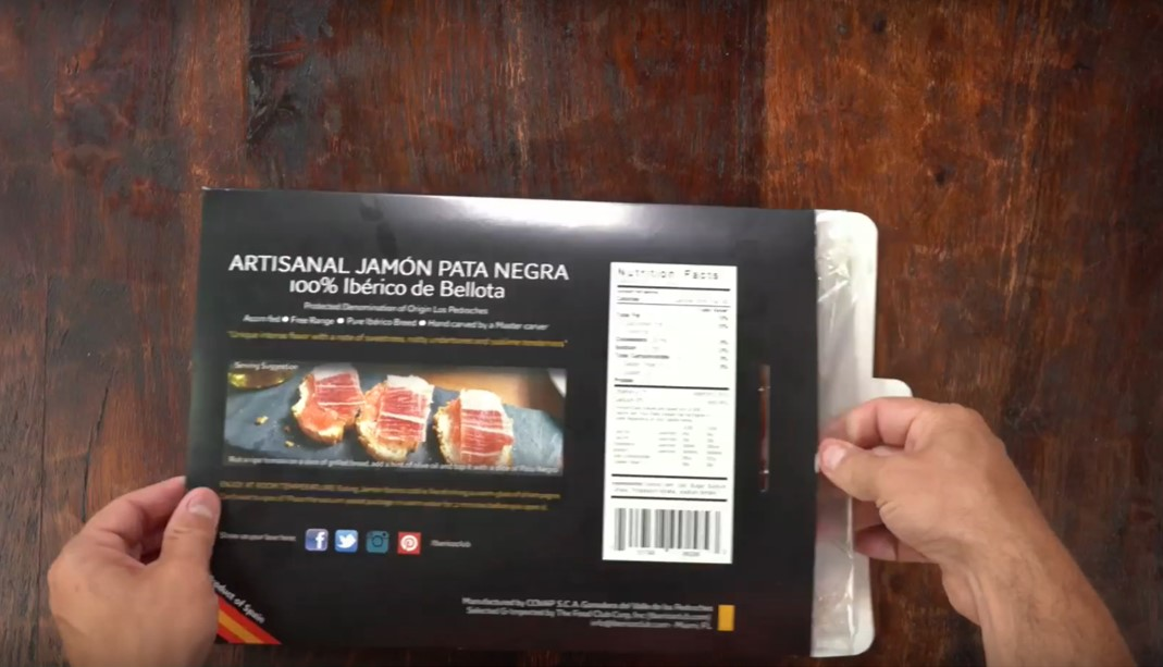How to Open and prepare a plate of jamon