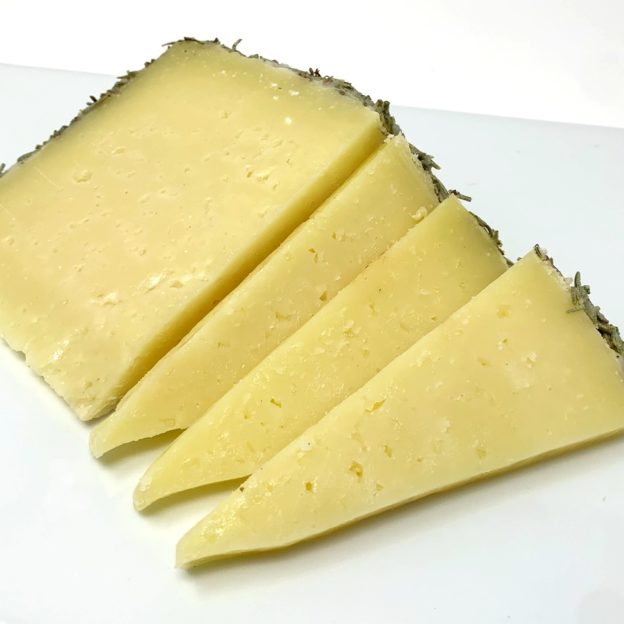Reserva Manchego Cheese with Rosemary | cured sheep cheese