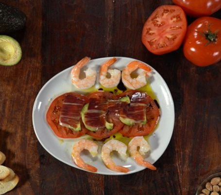 Tomato avocado jamon shrimp salad recipe