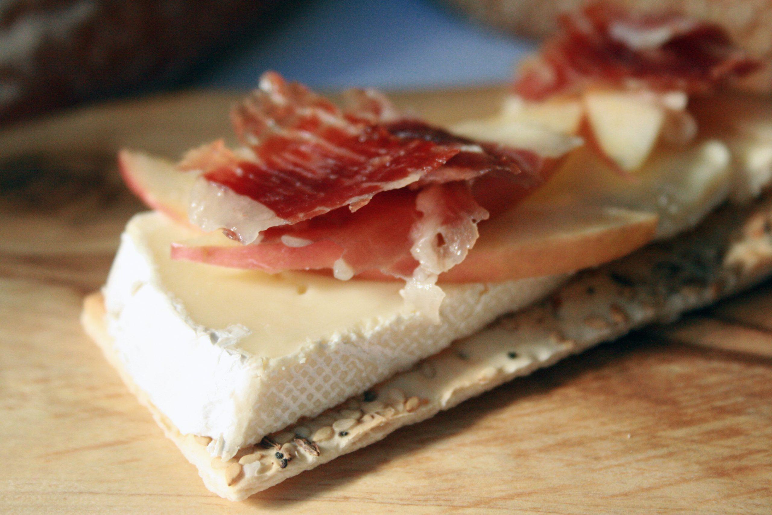 Jamon Iberico with Cheese   Free Shipping   Iberico Club™