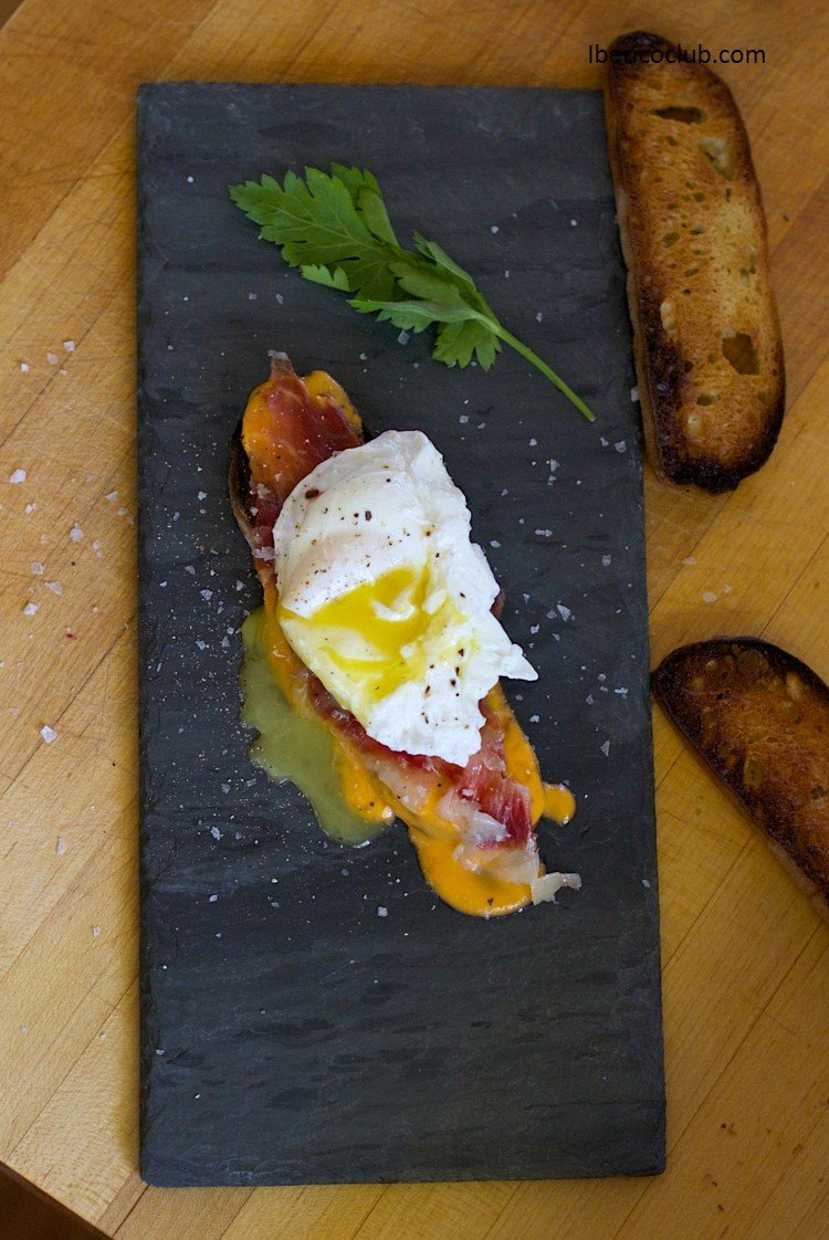 Jamon Iberico con Huevo Roto