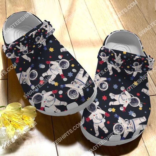 vintage astronaut all over printed crocs 2