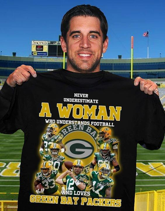 Never Underestimate A Woman Understands Football And Loves Green Bay Packers T Shirt Tshirt, Hoodie, Sweater Up To 5xl Black