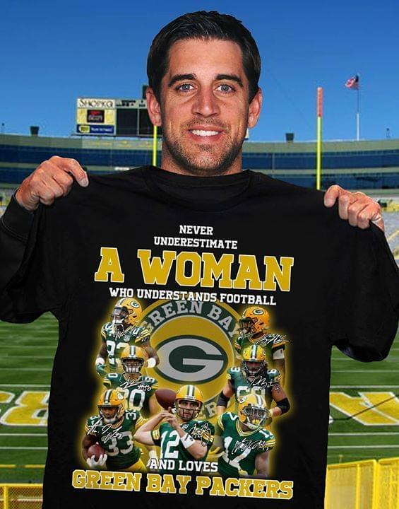 Never Underestimate Woman Understand Football And Loves Green Bay Packers T Shirt Tshirt, Hoodie, Sweater Up To 5xl Black