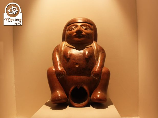 Tour to the Larco Herrera Museum in Lima.