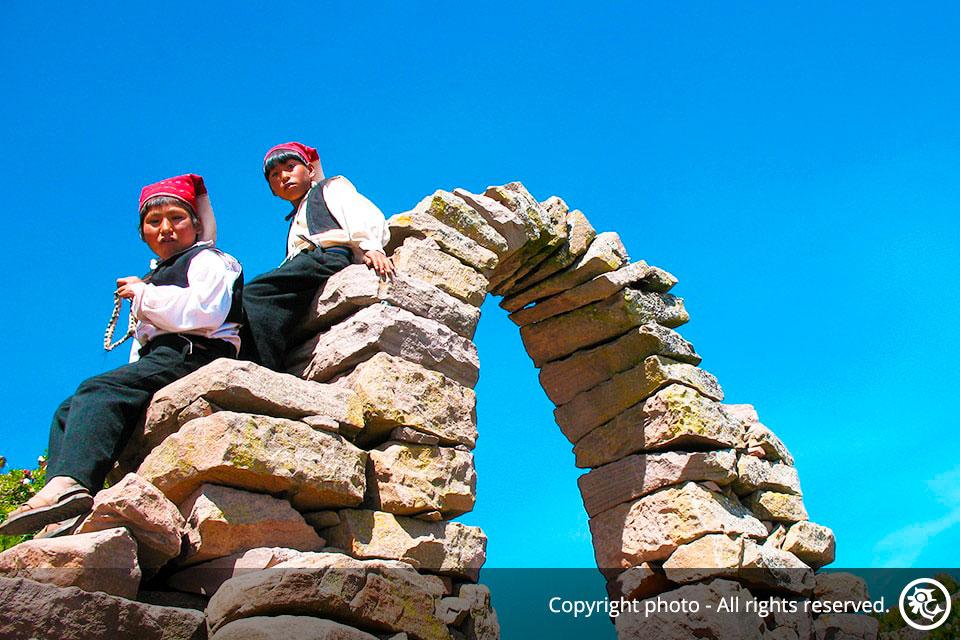 Amazing Peru Tour 2, a trip that includes the Short Inca Trail to Machu Picchu.