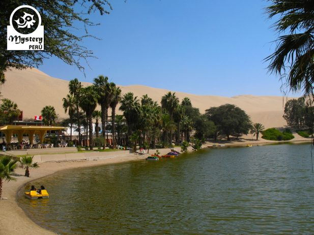 Tour to the Huacachina Oasis from Lima by Bus
