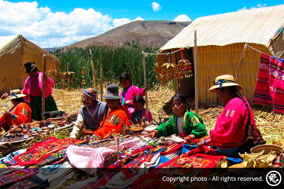 Lake Titicaca Highlights and Bus to the city of Cusco