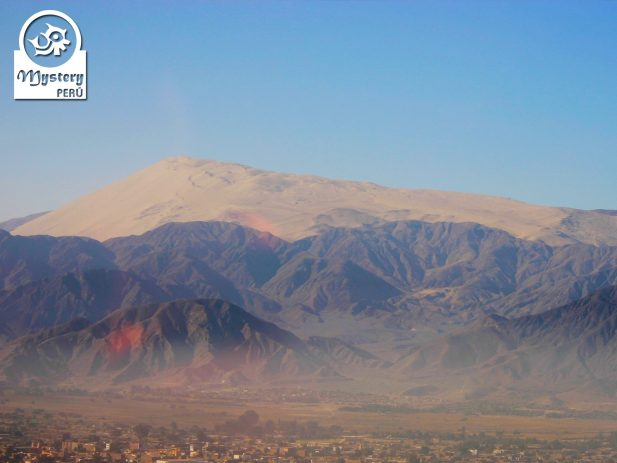 Panoramic view of Cerro Blanco in Nazca Valley.