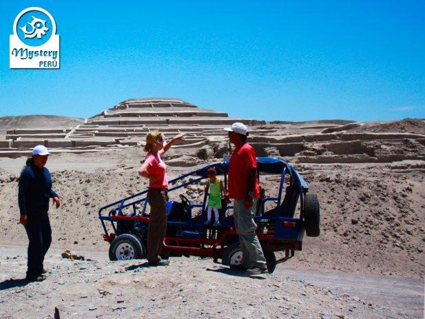 Cahuachi ruins near the Usaka Desert.