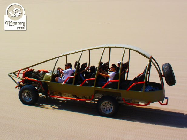 Sandboarding in Paracas 6