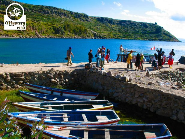 4 days trip to the lake titicaca visiting the uros people, taquile community and amantani islands 5