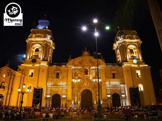 Lima de Noche y Parque Magico de las Aguas 5