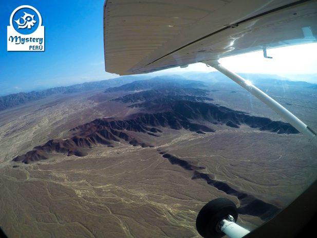 Lineas de Nazca & Oasis Huacachina, Paracas desde Cusco 4 Dias 5
