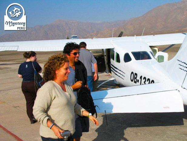 Lineas de Nazca & Oasis Huacachina, Paracas desde Cusco & Bus a Lima 3 Dias 4