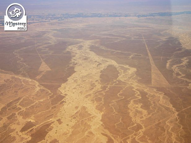 Lineas de Nazca Tour de 1 Dia Aeropuerto Ica 4