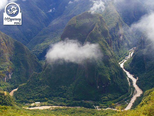Montaña Putucusi & Santuario de Machu Picchu 5