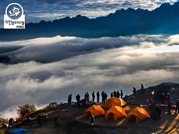 Mystery Peru 6 Camping