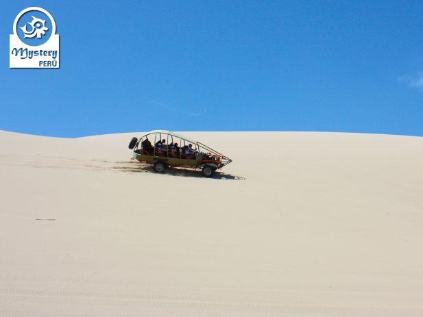 Tour de 1 Dia a las Islas Ballestas y Paseo en Carro Arenero 8