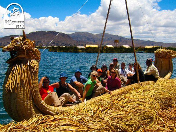 Tour de 1 dia a las Islas de lo Uros 10