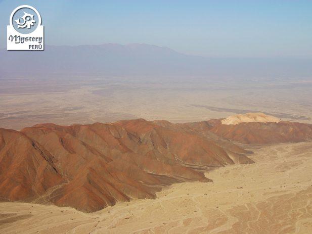 Vuelo a las Líneas de Nazca desde el Puerto de San Martin 7