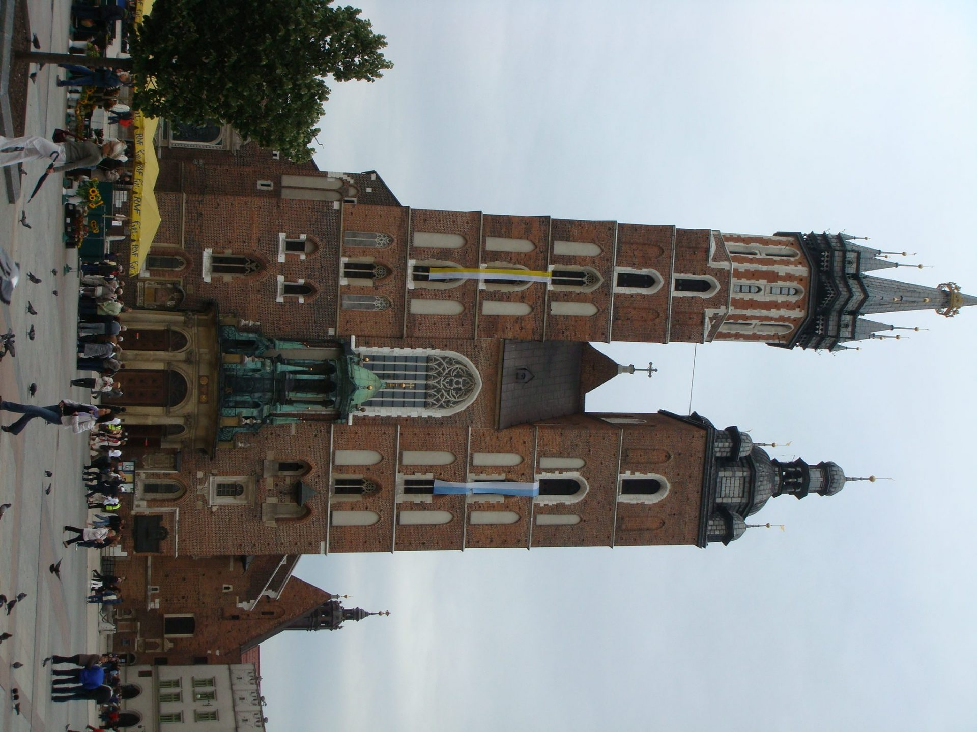 The Basilica of the Blessed Virgin. The Hejnal is played from the top of the left tower.