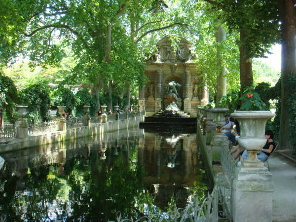 A grotto in the Luxembourg Gardens