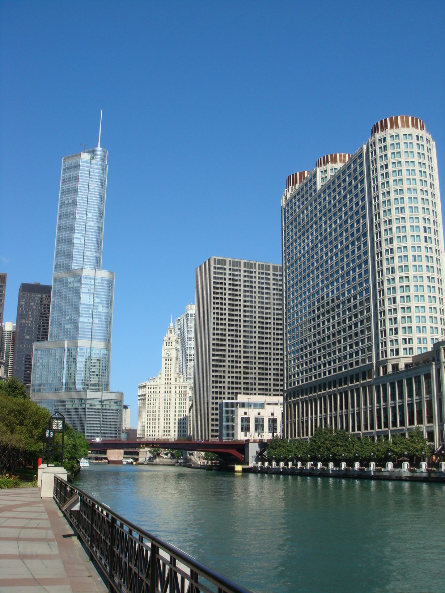 The Chicago River with Trump Tower in the background